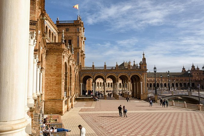 4-Day Guided Tour of Caceres, Cordoba, and Seville by Bus and High-Speed Train, Madrid, ESPAÑA