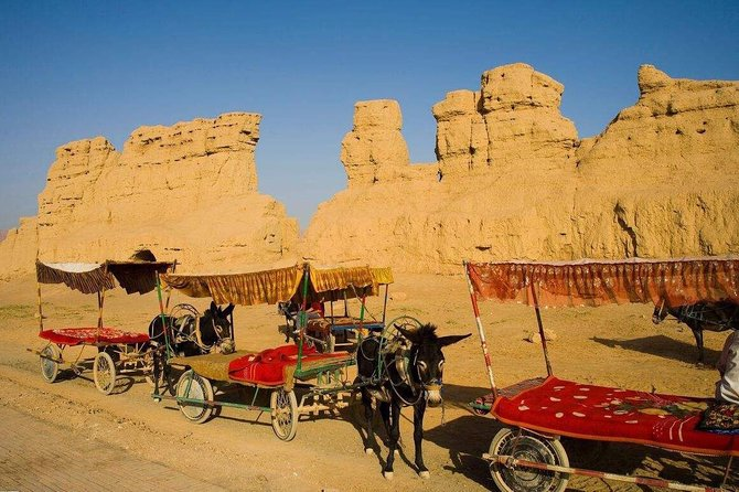 If you have limited time in Urumqi, but want to see some ruins from the ancient Silk Road? This is a perfect day tour for you. Turpan boasts a tangible history as part of the Silk Road that is absolutely fascinating. During this one day tour, you can chose 2-3 attractions in Turpan, such asJiaohe Ancient City, Karez Irrigation System, Emin Minaret, Bezklik Thousand Buddha Caves, Flame Mountain and more. This private tour includes tasty local lunch, all entrance fee(2 -3 attractions), an English-speaking guide and transport by private vehicle.