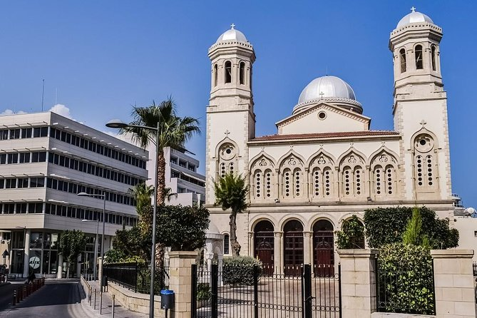 Tale of 2 Cities, Nicosia, CHIPRE