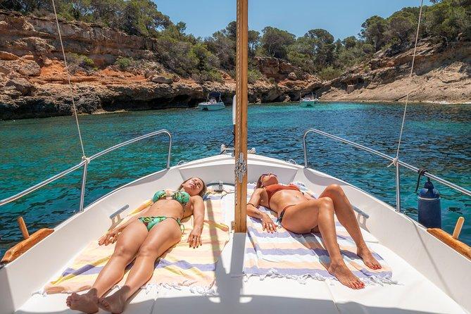 Sail aboard Julia and feel the authentic ibiza., Ibiza, ESPAÑA