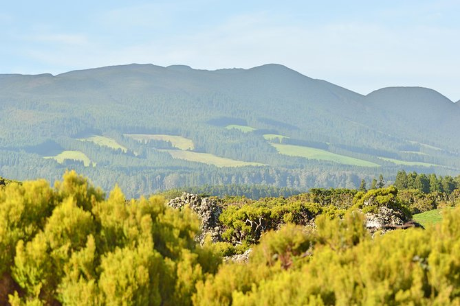 This Tour combines hiking and sightseing in one day making it a complete adventure! It's also the perfect match to our Terceira Express Tour since it explores the west coast of the island. <br><br>We first start at the most famous hiking trail in the Island, which goes around one of the most recent eruptions on the island, going amongst a great number of native plants and trees and also amazing Volcanology!<br><br>After the trail we'll enjoy an amazing lunch with local food followed by some visits of our West coast and the incredible Natal Cave! <br><br>Lunch Included<br><br>Natal Cave Included