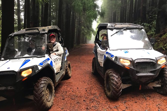 Gather your family and friends and come explore Terceira Island aboard our UTV! <br> • A UTV (Utility Task Vehicle) allows you to be the driver of your own adventure.We guide, you drive! <br> • Offers greater comfort and safety than a ATV. <br> • Is equipped with a fully automatic transmission