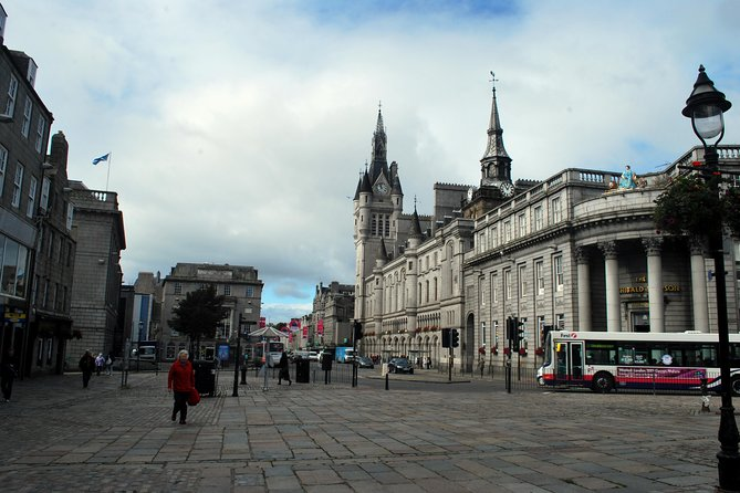 Explore Union Street in Aberdeen a Self-guided Audio Tour by VoiceMap, Aberdeen, ESCOCIA