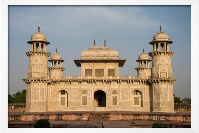 Exclusive Taj Mahal Sunset Tour With Boat Ride in One Day, Agra, India