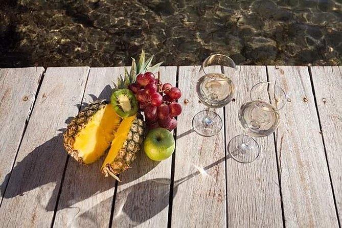 Wine Tasting In Mykonos with Greek Ancient varieties, Miconos, Grécia