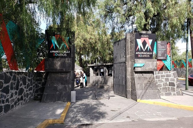 Private Tour: Xochimilco, Coyoacan and Frida Kahlo Museum, Ciudad de Mexico, Mexico