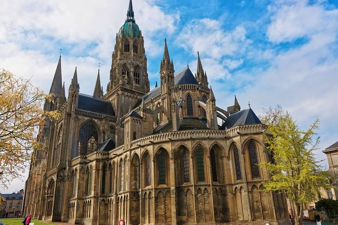 Private Transfer from Calais to Bayeux - Up to 7 people, Paris, FRANCIA