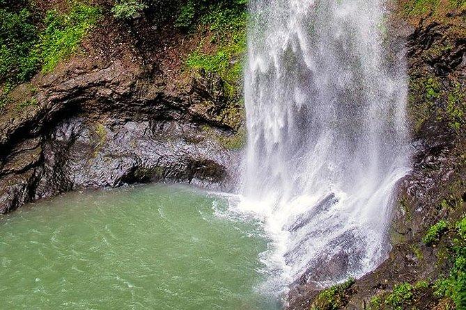 El Vallee de Anton , permanent spring, Ciudad de Panama, PANAMA