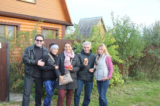 Dacha Tour-explore how Russians spend their summer time and have fun with locals, Moscow, RUSSIA