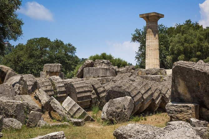 Explore the glory of ancient Greece with this four day classical tour from Athens. With this unique tour visit and enjoy five UNESCO'S world heritage sites.