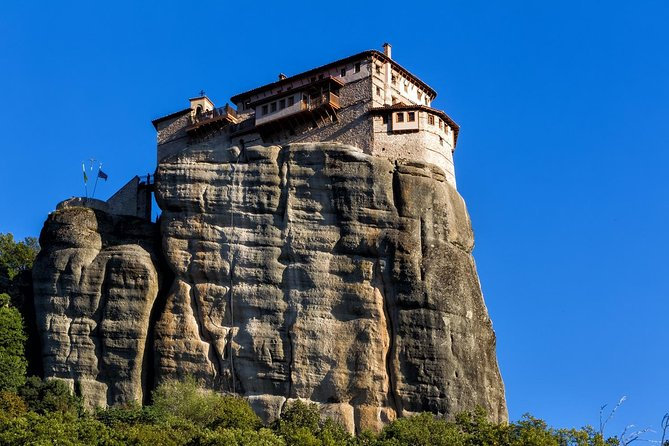 Spend the day having an unforgettable experience visiting the Meteora Monasteries, a UNESCO World Heritage site. You will be departing from Thessaloniki in a luxury bus heading to Kalambaka, where you'll take in the geological miracle of Meteora. Nowadays, only six monasteries are well preserved and four of them are still inhabited, making this unique experience a must see!