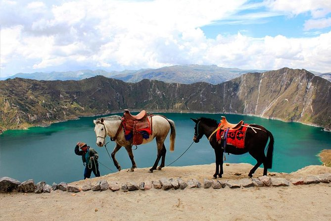 2-Day Tour of Cotopaxi Volcano and Quilotoa Lagoon with hotel, Quito, ECUADOR