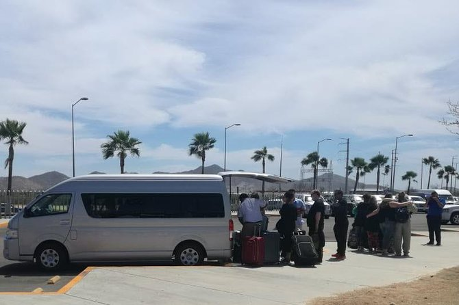 Shuttle Service SJD Airport to San Jose and Cabo San Lucas Hotels Round Trip, Los Cabos, Mexico