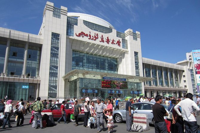 MÁS FOTOS, Private Transfer from Urumqi Railway Station to Hotel