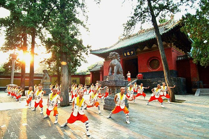 MÁS FOTOS, 2-Day Luoyang Private Tour: Longmen Grottoes, White Horse Temple, Shaolin Temple