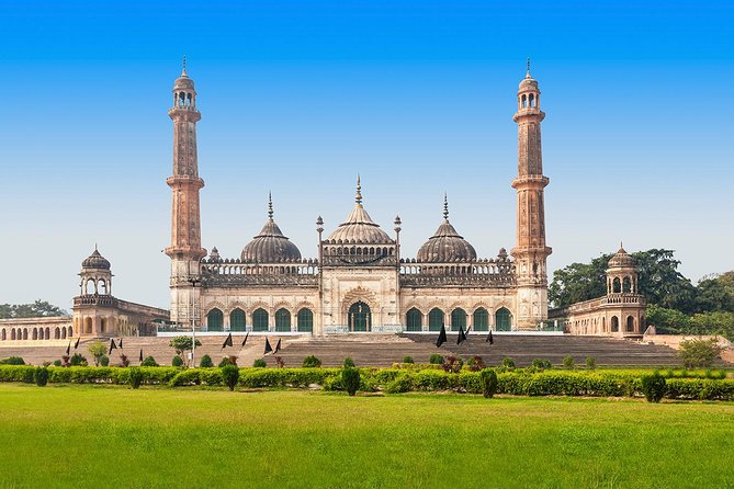 Book a one-way transfer to avoid the rush of public transport. Join an English Speaking Chauffeur in a Comfortable, air-conditioned car for your private transfer with option to book both side (Agra To Lucknow Drop Option and Lucknow To Agra Drop Option ) as per your needs of Transfers Trip.