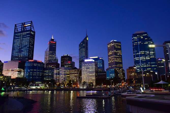 Private Arrival Transfer from Perth International Airport to Perth City, Perth, Austrália