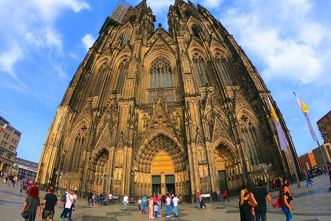 Private Arrival Transfer from Cologne Airport to Cologne City, Colonia, Alemanha