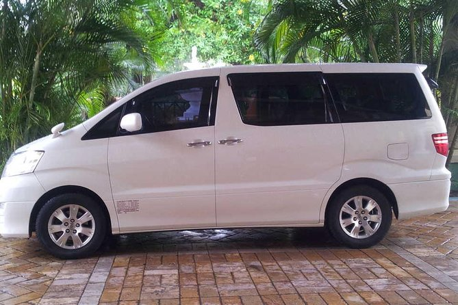 Our private airport transfer from theKingston Airport (KIN) to all Hotels in KIngston, Jamaica is designed to provide you with a more personalized service, without the unnecessary stops en-route but will take you directly to your hotel or villa in the privacy and air-conditioned comfort of your own car, mini-van or bus.