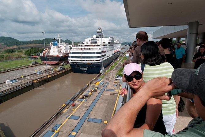 Traslado al Canal de Panamá (esclusas de Miraflores)., Ciudad de Panama, PANAMA