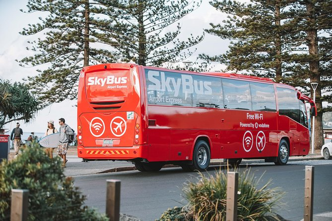 Travel betweenGold Coast Airport and the heart of Byron Bay with ease on SkyBus. Services depart hourly between 6am- 6pm 7 days per week with the average trip duration taking one hour.<br><br>The bus departs right outside the Domestic arrivals area at Gold Coast Airport and travels express to the centre of Byron Bay.<br><br>If you're travelling fromByron Bay to the Airport you must book in your transfer12 hours prior to your flight departure time. Reservations can be made by calling 1300 655 655