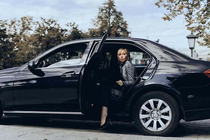 Why spend your precious time waiting in long shuttle or taxi lines. Avoid the language barrier and currency exchange. Travel in style from Skavsta NYO Airport to Hotel in Stockholm City Center by private vehicle and reach your final destination relaxed and refreshed.