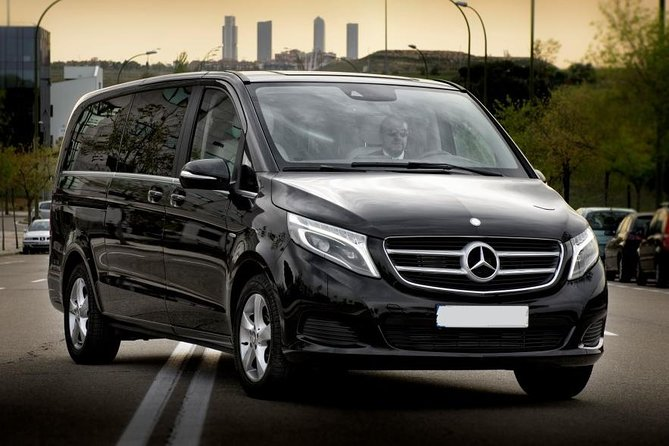 MAIS FOTOS, Munich Airport Private Transfer to Munich City in Luxury Van