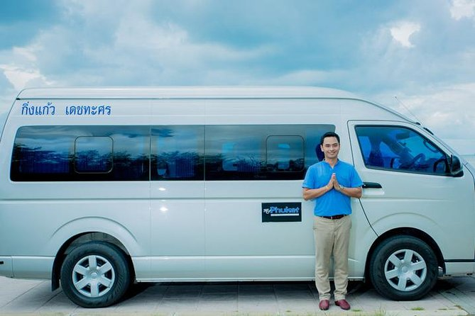 Make life easy, book a Private Airport Transfer before you go and save on all the hassle when you arrive. We have air-conditioned vehicles with English speaking drivers ready to take you to your hotel in Koh Lanta