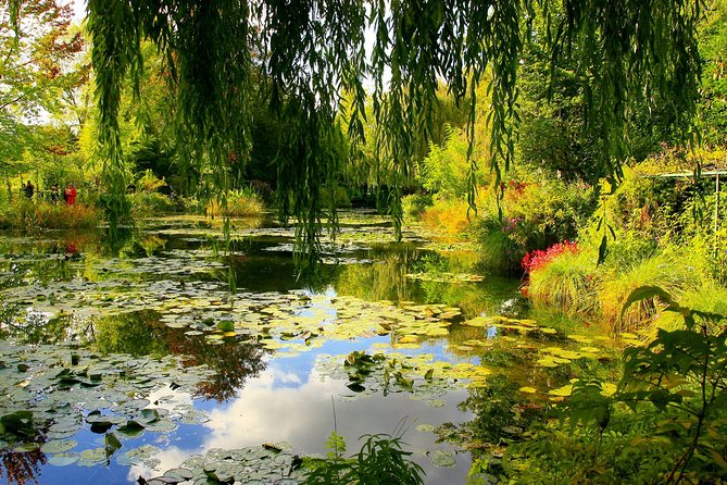 Independent Giverny and Monet's House Tour with Transport from Paris, Paris, FRANCIA