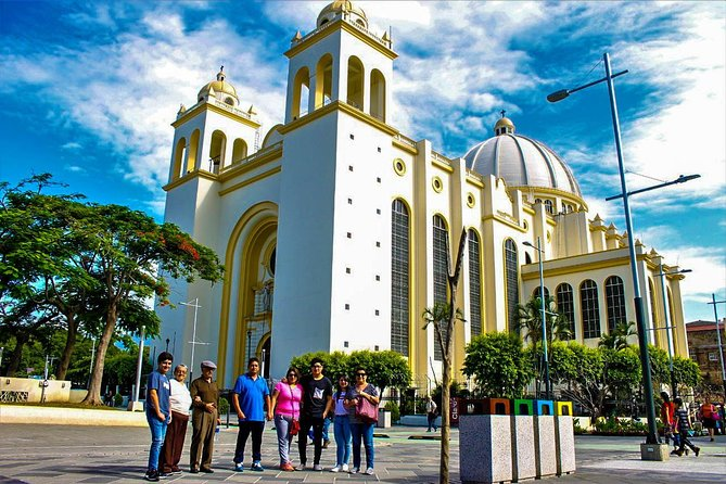 Get the most out of your Layover in El Salvador. Discover the scenic, natural and historical beauty of El Salvador. You will have the opportunity to visit the top of the San Salvador volcano. From here you can enjoy breathtaking landscapes of the city and the Salvadoran territory, while enjoying a spectacular climate.<br><br> We will continue enjoying a tour of the city of San Salvador, discover the history through the most representative monuments of the capital, we will finish walking in the heart of the historic center of San Salvador, where we can appreciate the day to day of the Salvadorans. Know the main monuments such as the Metropolitan Cathedral, the National Palace.<br> • Duration of 5 to 7 hours according to your flight itinerary <br> • Visit to the top of the volcano of San Salvador <br> • Explore the city of San Salvador <br> • Visit to the Historic Center of San Salvador <br> • Incredible landscapes of the city