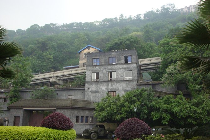 Best of Chongqing One Day Tour: Stilwell Museum, Arhat Temple, Eling Park, Panda, Chongqing, CHINA