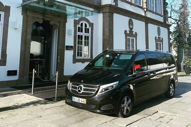 Lisbon Airport / Hotel round-trip private transfer, Lisboa, PORTUGAL