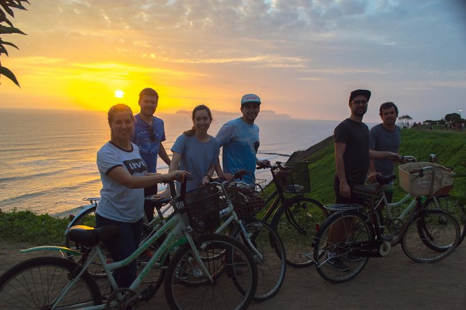 The Best Lima Bike Tour on Miraflores and Barranco Bay, Lima, PERU