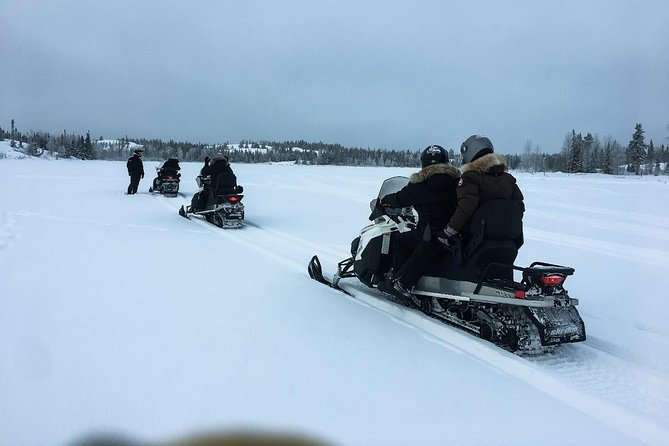 Snowmobile Tour from Yellowknife, Yellowknife, CANADA