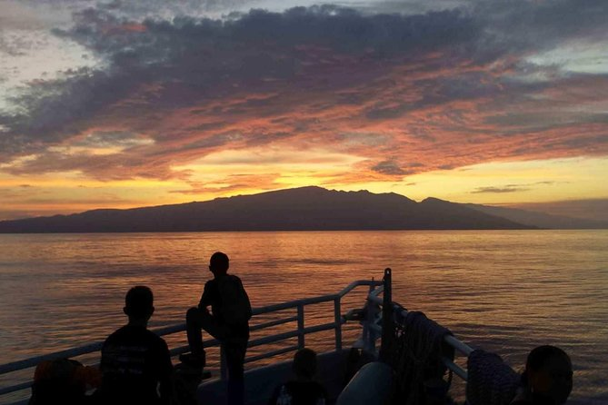 Cruzeiro com jantar ao pôr do sol em Maui, Maui, HI, ESTADOS UNIDOS