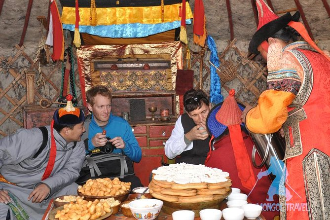 2-Day Guided Mongol Nomadic Show Tour with Transport, Ulan Bator, MONGOLIA