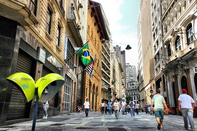 If you are on a layover at the port of Santos, rather than spending hours waiting for the Cruise ship departure, you can book this tour to visit São Paulo's top attractions. You'll cover a lot of ground with this private city tour by vehicle and on foot! <br><br> Your informative local guide will accompany you on a walk through São Paulo's historical downtown, and take you on a scenic drive through several city neighborhoods.<br><br> Enjoy guided commentary on 10 or more major landmarks including pickup and drop-off at Santos port.