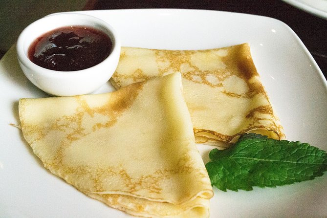 Russian Pancakes Tour with Free Samplings and Historic Walk in Downtown Moscow, Moscow, RUSSIA