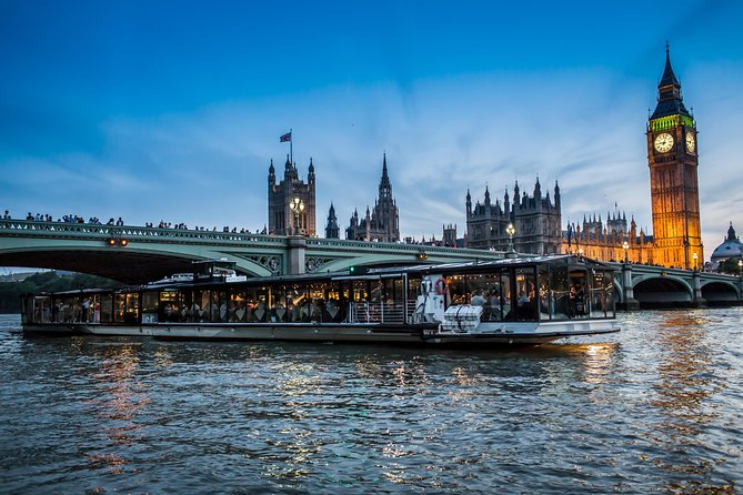 Escape without leaving city and enjoy a London less ordinary with Bateaux London's restaurants on the water.