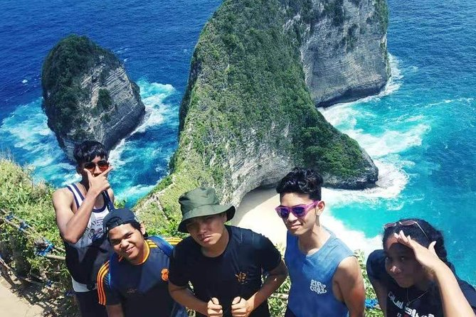 West Nusa Penida One Day Tour is one of the most popular Nusa Penida Tour Packages to explore the exotic Island of Nusa Penida, the island with amazing beach view in Bali.
