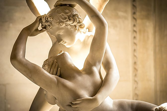 Louvre Skip The Line Tickets with A Host and Choice of Itineraries, Paris, FRANCIA
