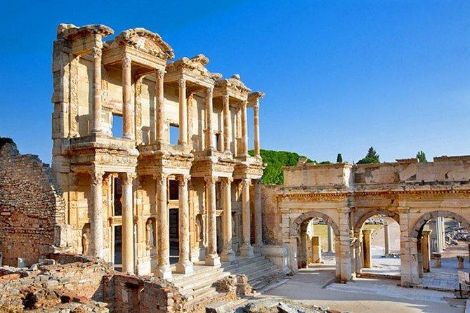 Ephesus and Ephesus Museum for Archaeology Lovers Tour from Izmir with Private Guide, Izmir, Turkey