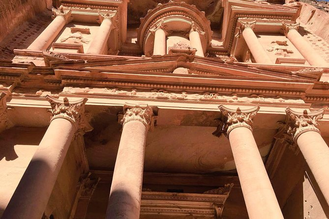Travel from Amman to visit the UNESCO World Heritage Site of Petra - one of the New 7 Wonders of the World onthis private day tour..<br><br>Your driver and private A/C car/minivan will pick you up in Amman and drive you to Petra where your private guide will take you on a2 1/2 hour tour of this historic site before you aredriven back to Amman.<br><br>This day tour takesbetween 8-12hours.<br><br>The tour price includes all transport, entrance fees and local guide in Petra