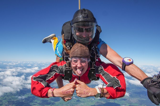 MÁS FOTOS, 16500ft Skydive - 70 Seconds of free fall