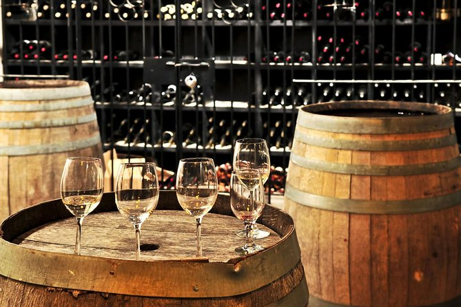 Live as a Tuscan is out way to say. Don't loose the oportunity to visit places where Tuscan are usually to spend time. If you want know many more about wine tradition and wine-making process this is the tour for you.
