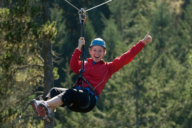 Small-Group Zipline Adventure with Shuttle Transportation, Victoria, CANADA