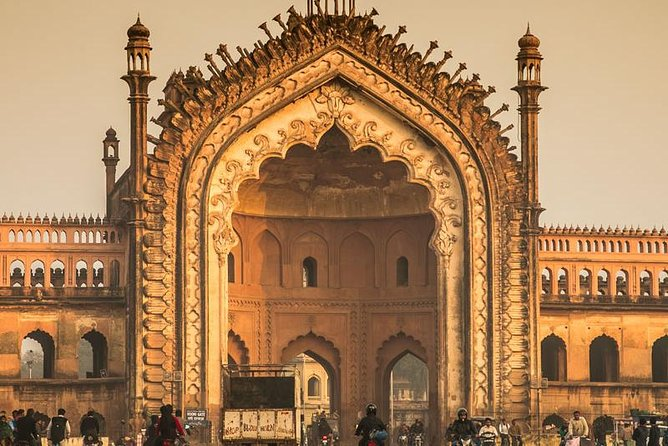 Lucknow 3 Hour sightseeing tour begins with <br><br>convenient pickup from your Hotel/Pick - Up point, where you'll board an <br><br>air-conditioned vehicle destined for the city's top attractions with your <br><br>private guide.The tour takes you to explore the <br><br>Hussainabad Heritage Area - Imambaras, Clock Tower and Picture Gallery.  Your tour concludes with  a <br><br>convenient drop-off.
