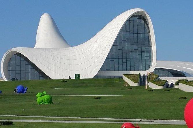 MÁS FOTOS, 7 Day Baku, Gobustan, Ateshgah tour