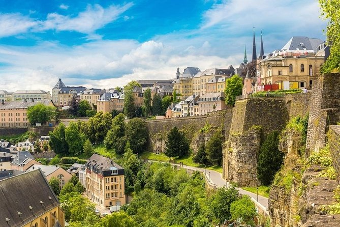 Private Transfer from Bayeux to Luxembourg - Up to 7 people, Bayeux, FRANCIA