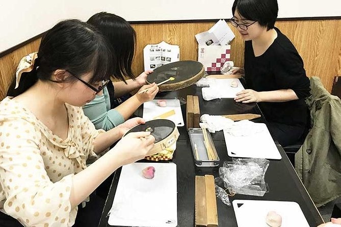 Learn How to Make Beautiful and Delicious Wagashi Sweets in Tokyo, Tokyo, JAPON